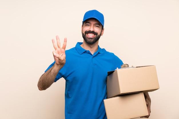 分離の幸せと指で3つを数えるひげの配達人