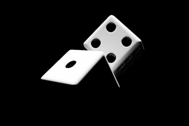 黒い背景の上の白いサイコロのペアの3dイラストのクローズアップ。飛行中の白いサイコロ。カジノギャンブル。