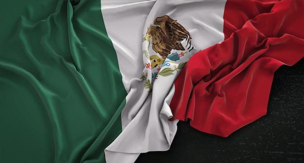 Мексиканский флаг с морщинами на темном фоне 3d render