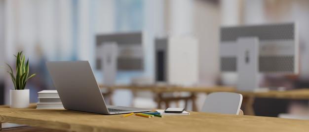 3d-рендеринг компьютерного ноутбука на деревянном столе с канцелярскими принадлежностями и горшком для растений