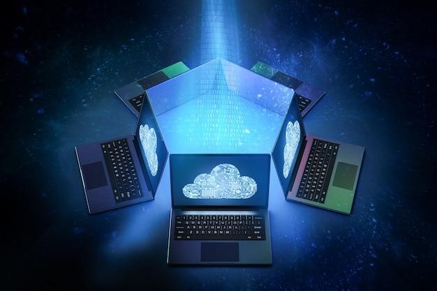 Группа компьютерных ноутбуков с 3d-рендерингом подключается к облачным технологиям