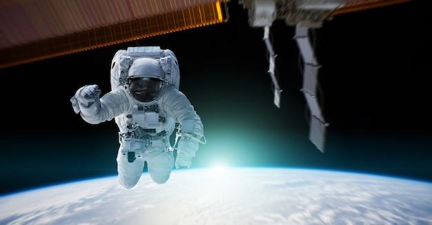 Астронавт работает на космической станции 3d-рендеринга элементов