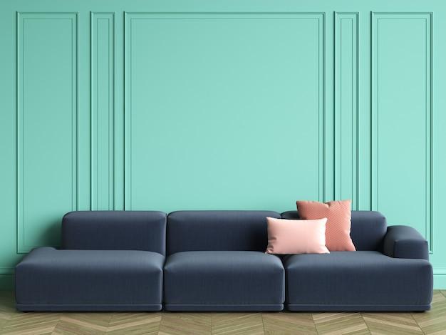 コピースペースとクラシックなインテリアのピンクの枕と青いソファ。ターコイズ色の壁とモールディング。床の寄木細工のヘリンボーン。 3dレンダリング