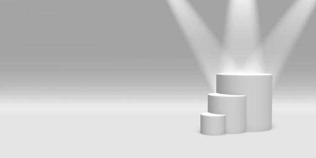表彰台、台座またはプラットフォームの白い色は、白い背景の上のスポットライトに照らされました。単純な幾何学的形状の抽象的なイラスト。 3dレンダリング。