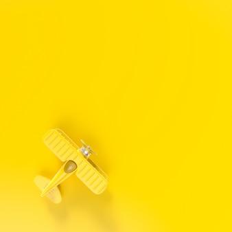 Модель самолета, минимальная концепция игрушек для самолетов, 3d-рендеринг. плоский дизайн.