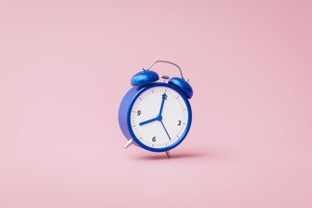 ラッシュアワーのコンセプトとピンクの背景に鳴っている青い目覚まし時計。時間や仕事を起こすための通知。 3dレンダリング。