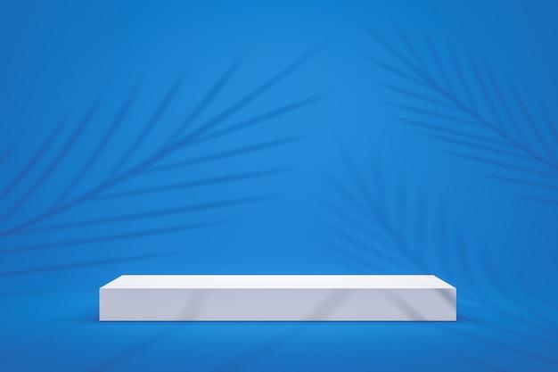 白い表彰台の棚またはヤシの葉のパターンと鮮やかな青い夏背景に空の台座が表示されます。製品を表示するためのブランクスタンド。 3dレンダリング。