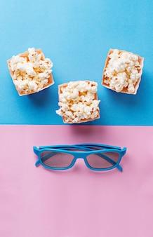 Попкорн с 3d очки на синем фоне