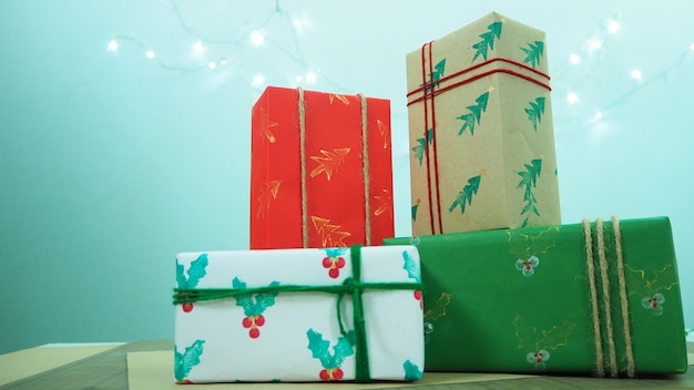 크리스마스에 4 개의 선물 상자