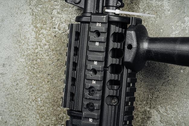 Русская автоматическая винтовка ак-47 крупным планом, военное оружие