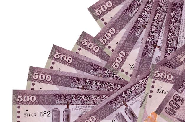 500スリランカルピーの請求書は、異なる順序で分離されています。