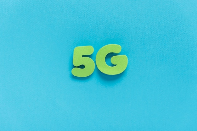 5g spelled out on plain background
