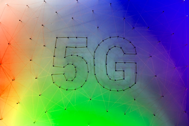 Красочный фон с технологией 5g