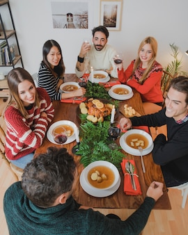 6人のクリスマスディナー