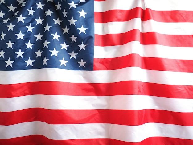 7月4日の休日の背景のアメリカの国旗のクローズアップ。
