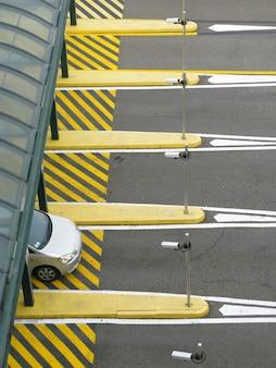 車の通行料の障壁