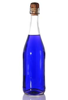 白地に青い液体の瓶