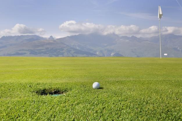 山でのゴルフ