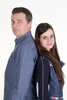 男と彼の十代の娘