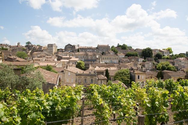Французская деревня сент-эмильон является наследием