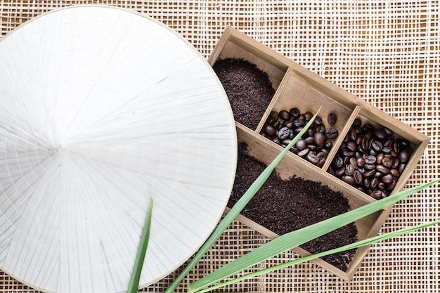 ベトナムのロブスタコーヒー、木製の箱