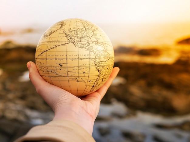 休暇旅行夏の週末の海の冒険旅行の概念。