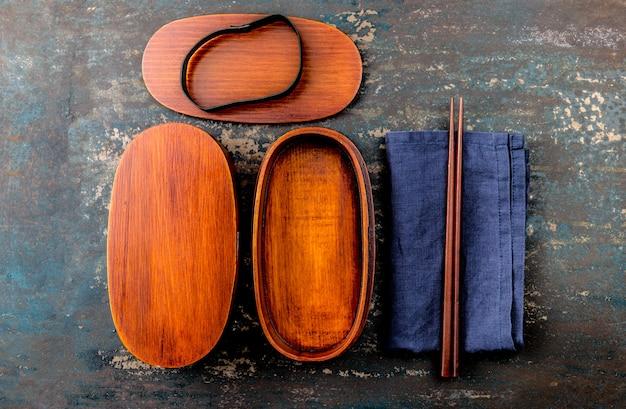 お箸と日本のお弁当箱