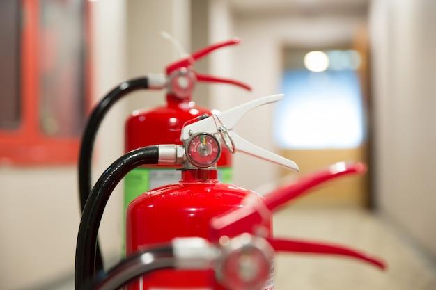建物内の消火器です。