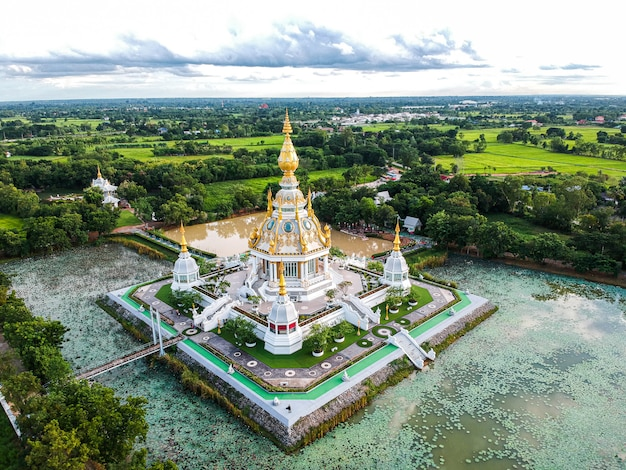 コンケン県タイのワットトゥンセッティ寺院