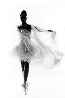 Классическая танцовщица