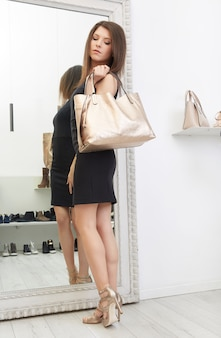 ファッション店での買い物