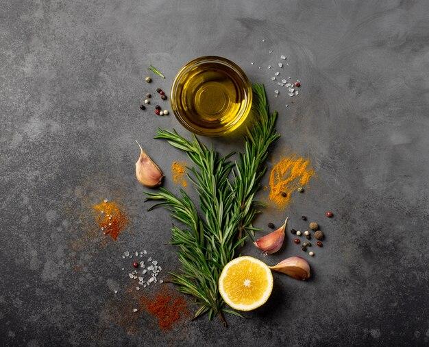 Подбор специй, трав и зелени. ингредиенты для приготовления пищи