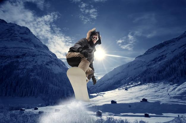 山でスノーボード