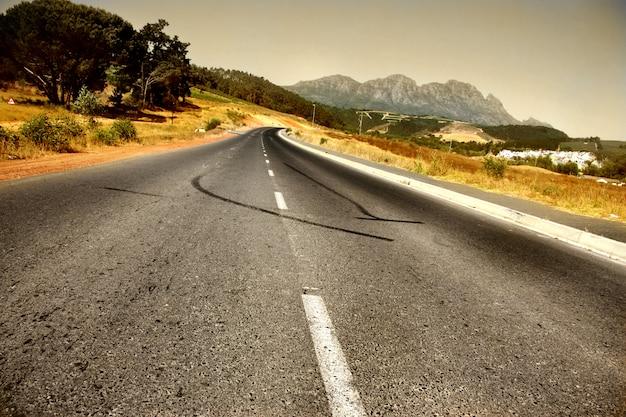 南アフリカのパノラマの田舎道