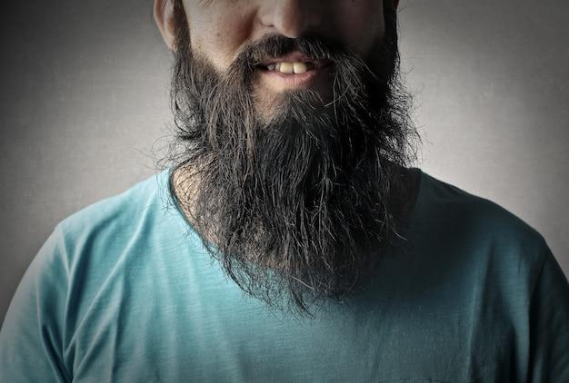 男のひげの写真を閉じる