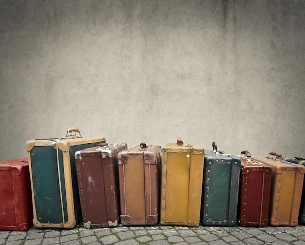 Старые винтажные багажи