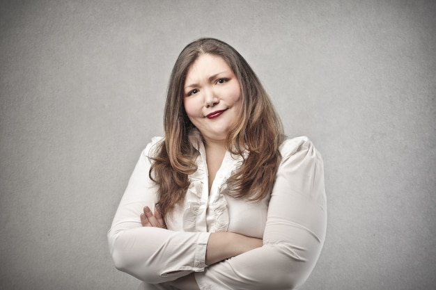 疑わしい太った女性