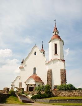 グロドノ地域ラドゥン村のソリー、ベラルーシにある聖母のローマカトリック教会ルジェンツォワ。