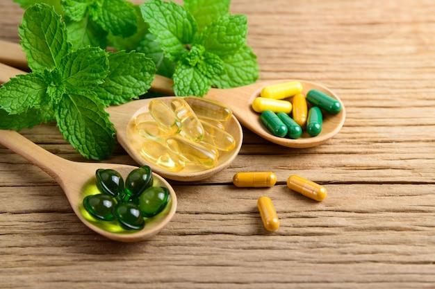 Альтернативная фитотерапия, витамины и добавки из натуральных