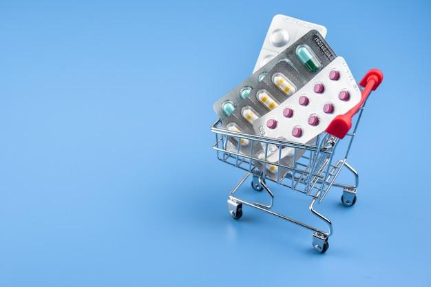 カートショッピングオンラインでの薬