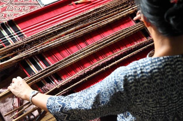 伝統的なマレーシア織機