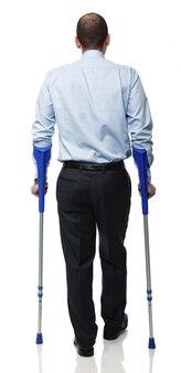 Человек с костылем