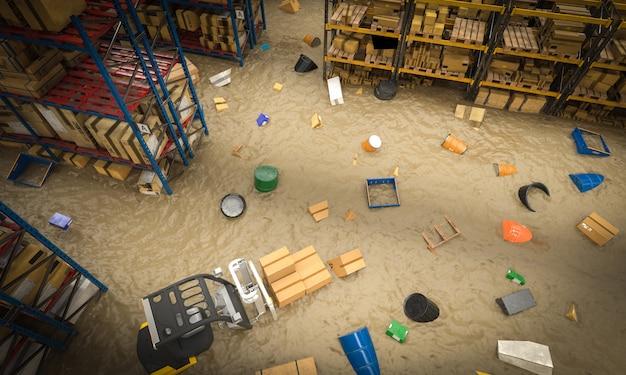 水の洪水により破損した商品でいっぱいの倉庫の内部