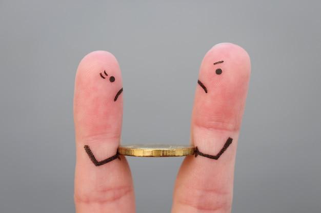 けんか中に家族の指アート。