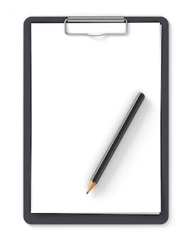 空白の紙と白で隔離される鉛筆の黒いクリップボード