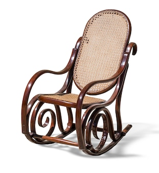 Кресло-качалка на белом
