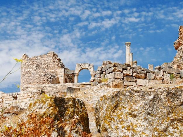 ドゥッガ、ローマ遺跡。チュニジアのユネスコ世界遺産。