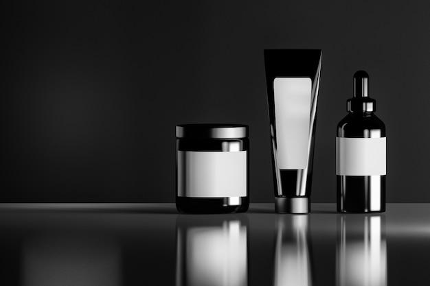 Набор черных косметических бутылок с белыми пустыми этикетками на светоотражающей блестящей фоне.