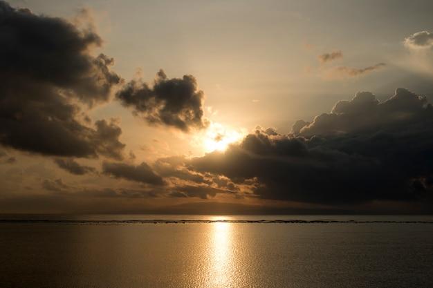 Бали остров летний отпуск закат восход солнца