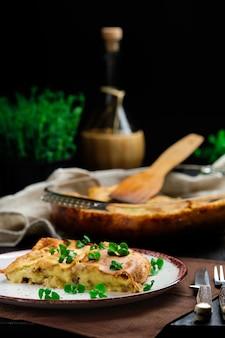 オーブンで焼いたマッシュポテトキャセロール